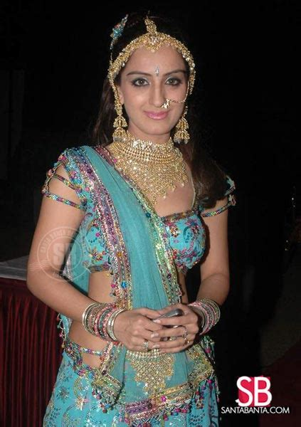 Gujarati Film and Stage Awards 2009    Mona Thiba Picture