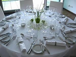 Tischdeko Runde Tische : tischdeko runde tische jenseits des glaubens auf kreative deko ideen plus car cars 2 tischdeko ~ Watch28wear.com Haus und Dekorationen