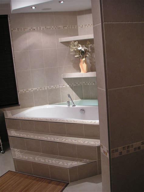 baignoire de coin salle de bain photo 1 4 baignoire en coin avec