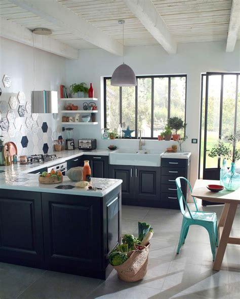 castorama carrelage mural cuisine carrelage cuisine des modèles tendance pour la cuisine