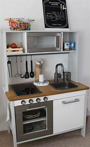 Ikea Duktig Rückwand : best 25 ikea play kitchen ideas on pinterest ikea kids kitchen ikea childrens kitchen and ~ Frokenaadalensverden.com Haus und Dekorationen