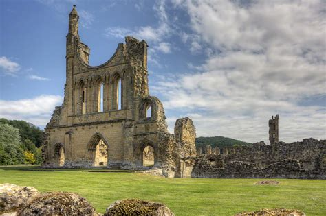 Thirsk – Travel guide at Wikivoyage