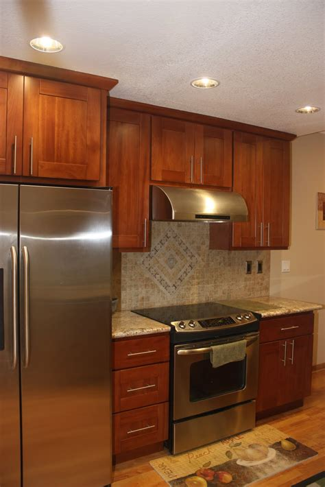 best material for kitchen cabinets best cherry wood kitchen cabinets ideas awesome house 7748