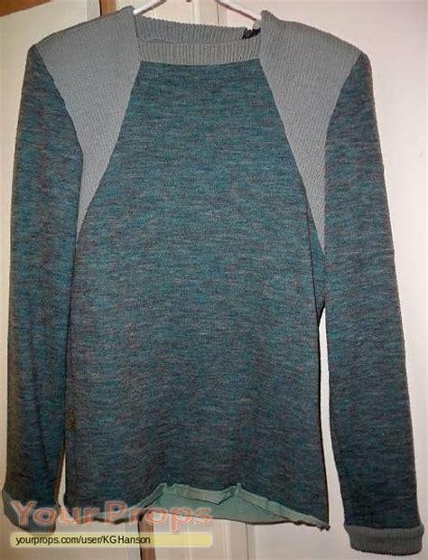 wesley crusher sweater trek the generation wesley crusher 39 s sweater