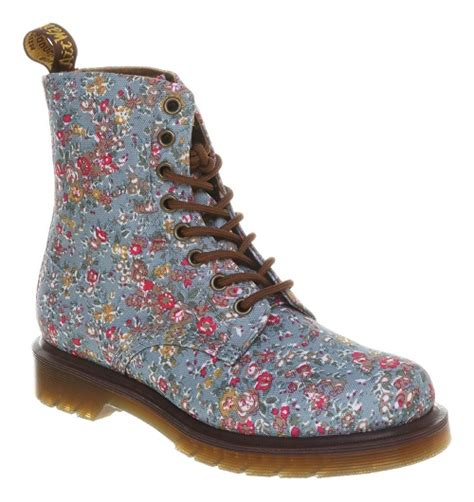 dr martens spring summer  shoe diary