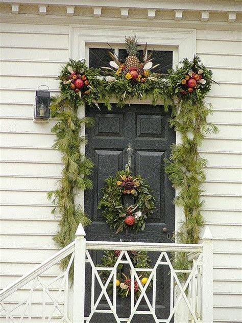 holiday decorating  fruitcolonial williamsburg style