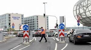Langzeit Parken Düsseldorf Flughafen : parken nach schranken chaos so will der flughafen ~ Kayakingforconservation.com Haus und Dekorationen