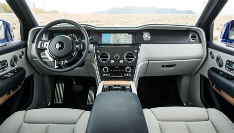 It lacks the luxury, prestige and gravitas of the cullinan. Rolls-Royce Cullinan (2018) review: rocks and a Roller ...
