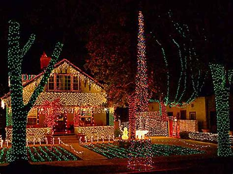 Hastings Ranch Lights by Tree Lightings 2014 Coloradoboulevard Net