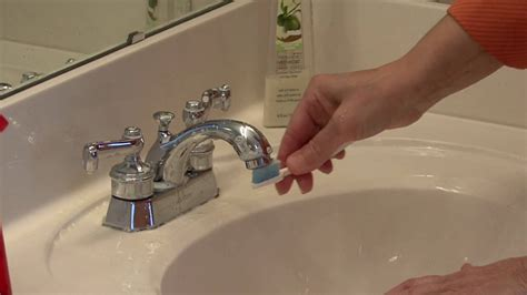 best way to clean kitchen sink bathroom cleaning tips how to clean faucets 9232