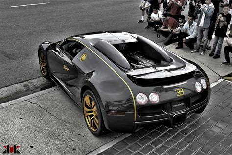 2010 mansory bugatti veyron linea vincero d oro interior car des. Gallery: Mansory Bugatti Veyron Linea Vincero d'Oro by KvK Photography - GTspirit