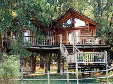 Tree House Resort Oregon - treehouses where you can stay kid friendly lodging