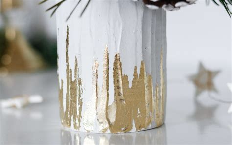 Gold Leaf Vases by Diy Gold Leaf Vase With Pictures And