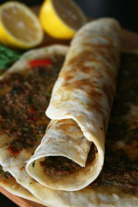 lahmacun viande avec p 226 te la pizza turque culinaire by minouchka