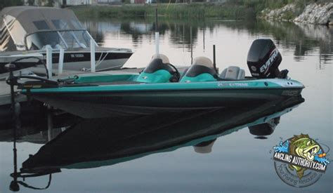 Boat Paint Bass Pro by 42 Best Images About Bass Boats On Carpets