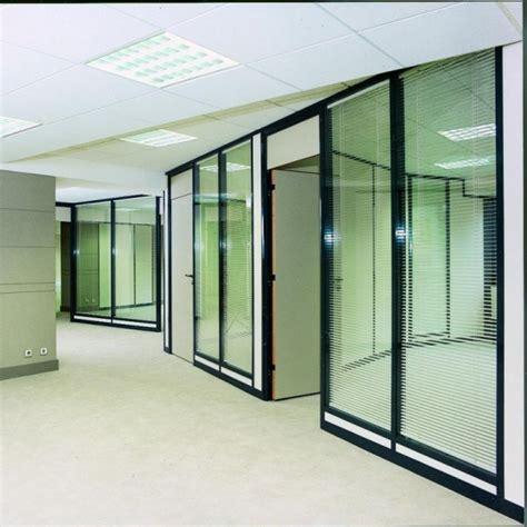 cloisons de bureaux cloison amovible cloison modulaire aménagement d 39 espace