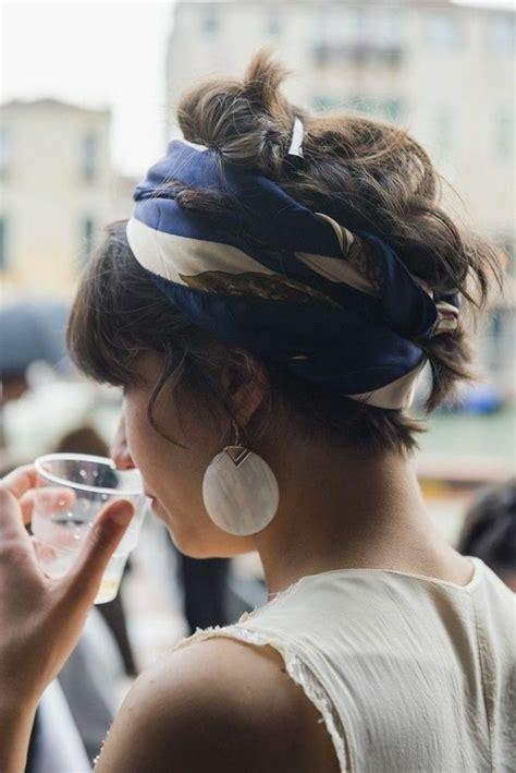 bandana binden kurze haare 1001 inspirierende ideen f 252 r coole bandana frisuren hair haarband frisur frisuren und