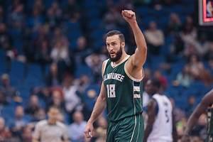 NBA Trade Grades: Bucks Deal For Roy Hibbert, Spencer ...