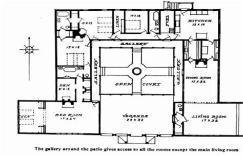 single story mediterranean house plans courtyard hacienda home  courtyards full size