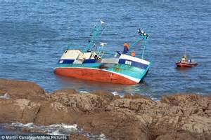 Boat Registration Uk by Jake Bowman Davies Crashes S Ship Into Rocks The