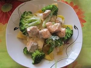 Penne Mit Lachs : nudeln mit lachs brokkoli sauce rezept mit bild ~ Eleganceandgraceweddings.com Haus und Dekorationen