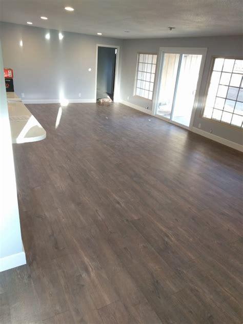 quick step reclaime laminate flooring mocha oak