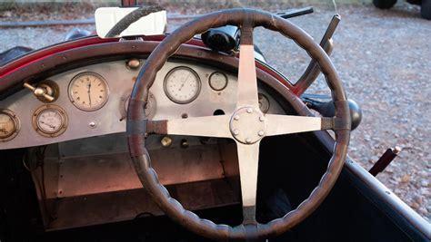 Database technische data, prijzen en geschatte waardes van duizenden klassiekers, oldtimers, classic cars. 1923 Bugatti Type 23 Brescia Three Seater Torpedo ...