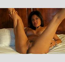 Amateur Latina Hottie Posing Naked Pichunter