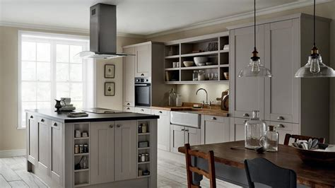 fairford cashmere kitchen fitted kitchens howdens