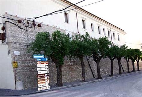 La Troia Della Porta Accanto by Tutte Le Fortificazioni Della Provincia Di Foggia In
