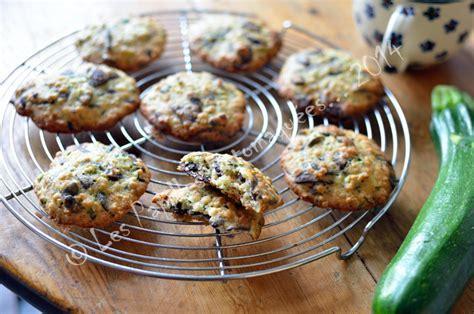 atelier cuisine enfants atelier biscuits à la courgette chocolat et graines de courge les papilles estomaquées