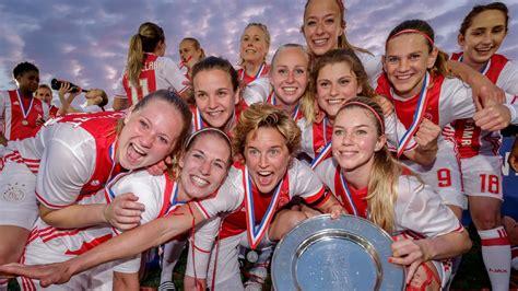 ajax vrouwen voor het eerst  de historie landskampioen knvb