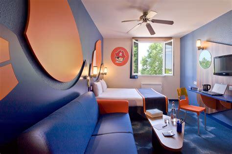 chambre hotel disneyland explorers hotel at disneyland sur hôtel à