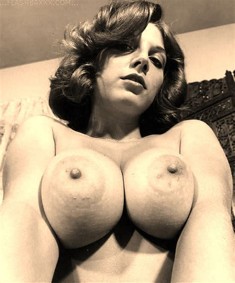 Those 1960s babes had some real big tits - Pichunter