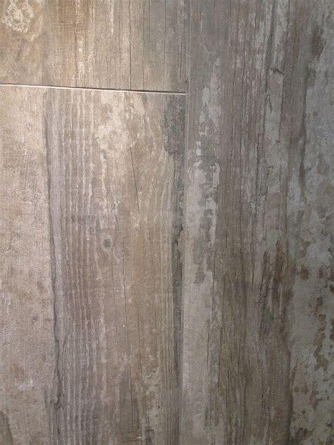 daltile shows porcelain tile    wood ibs