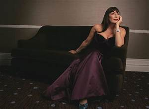Actress Anjelica Huston net worth, sources of wealth, houses