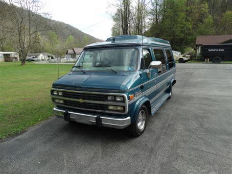 1993 Chevrolet G20 Chevy Van Extended Cargo Van 3door 5