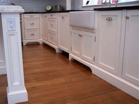 trim around kitchen cabinets kitchen molding and architectural elements style up kukun