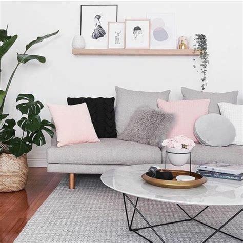 idee deco salon canapé gris idee deco salon très douce et féminine couleur peinture