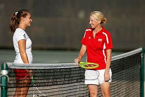 Women's Tennis – Jana Knoppe & coach Shannon Tully | UIC Today