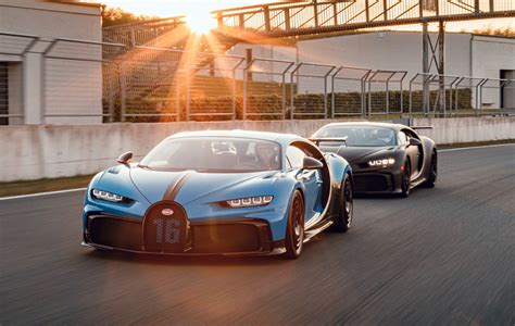 Let's start from the bottom. BUGATTI CHIRON PUR SPORT PURRS IN TESTING (W/VIDEO ...