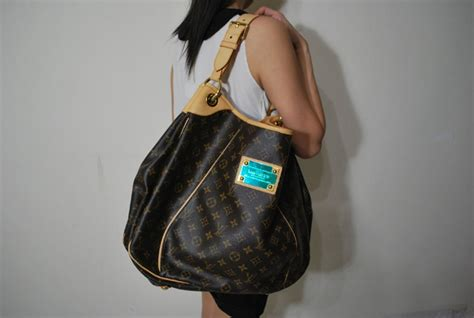 louis vuitton lv galliera gm bag handbags   pintere