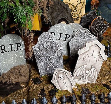haunt  halls  spooky style  halloween party ideas
