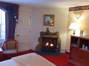 honeymoon jacuzzi suite http hotel gatlinburgcom With honeymoon suites in gatlinburg tn