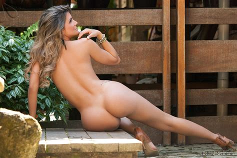 wanessa lopes deserves your full attention nsfw this hottest girls on the net