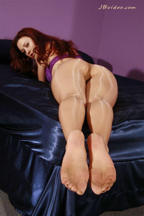 karlie footjob on beach porn