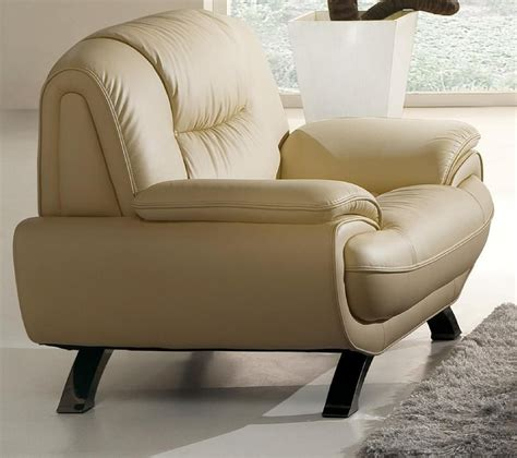 stylish living room chair  decorative stitching prime