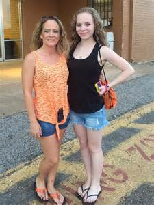 Lacey Smarr Of Longview Texas Was Not Bullied Before