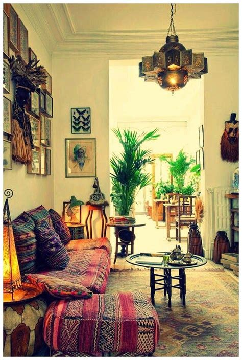 Indian Homes Interiors by Best 25 Indian Living Rooms Ideas On