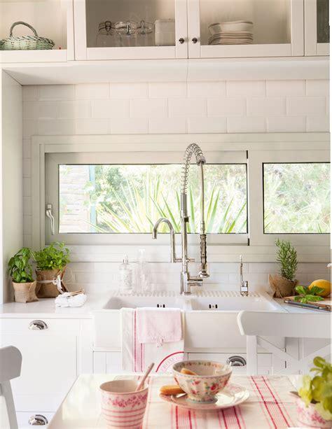 una cocina nordica  toques industriales kitchen deco